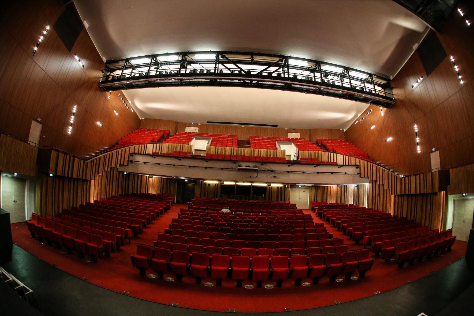 Le Théâtre Dans Le Théâtre : théâtre, Photos., Coulisses, Théâtre, Thionville