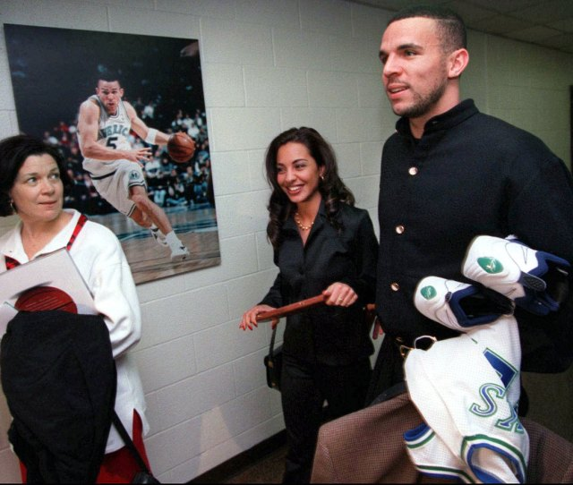 Jason Kidd Walks Out Of Reunion Arena With His Then Girlfriend Joumana And Mother Anne