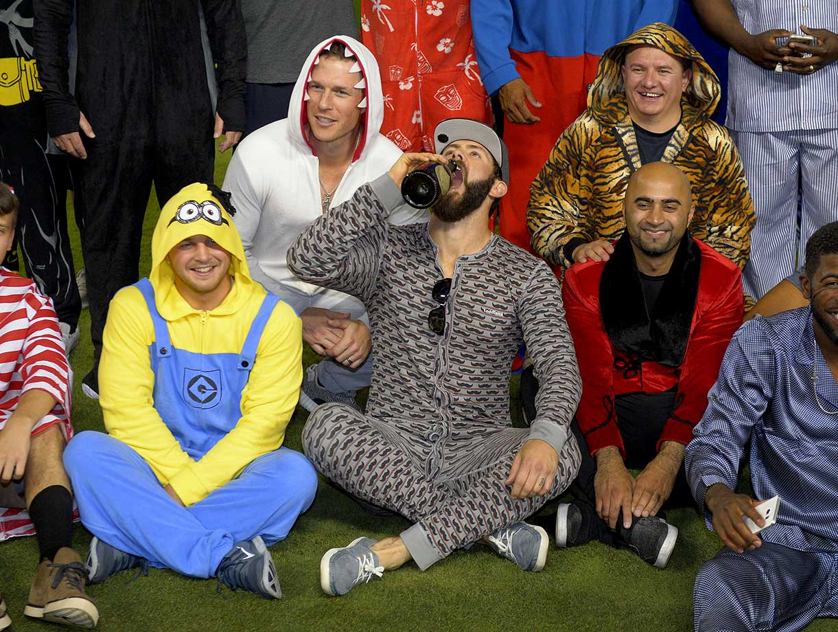 chicago cubs pajama party