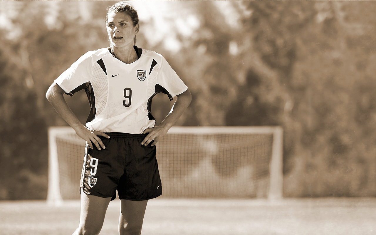 Soccer Wallpaper Quotes Mia Hamm Mia Hamm Is The World S Best Female Soccer Player Vault