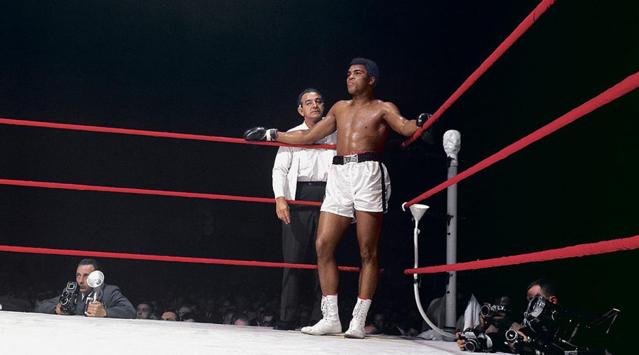 Muhammad Rings Ali Replica