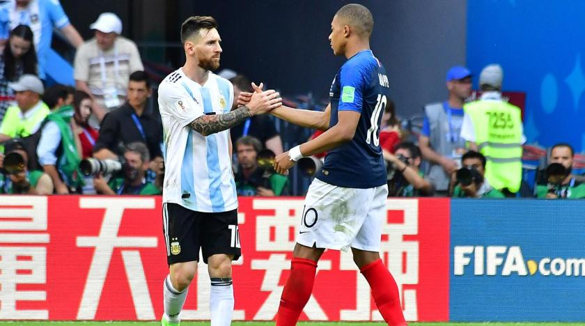 https://i0.wp.com/cdn-s3.si.com/s3fs-public/styles/marquee_large_2x/public/2018/06/30/mbappe_daps_up_messi_after_knocking_out_argentina.jpg?resize=840%2C468&ssl=1