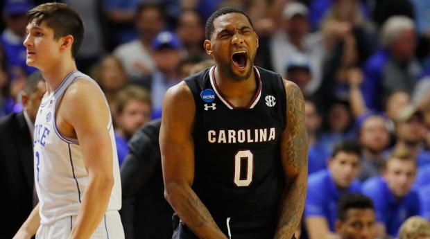 South Carolina stuns Duke to advance to Sweet 16