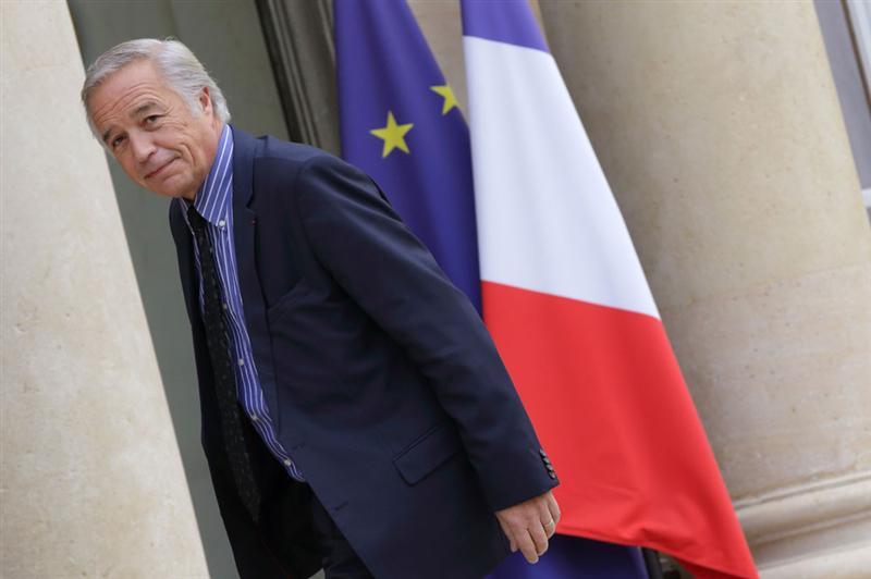 'On ne peut pas faire confiance aux chiffres de Pôle Emploi', dit Rebsamen