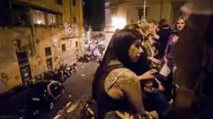 locali pieni a roma nonostante il coronavirus 3