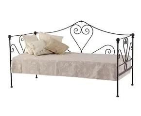 cama sofa forja lillian august sofas sofás de tradición renovada para tu jardín westwing