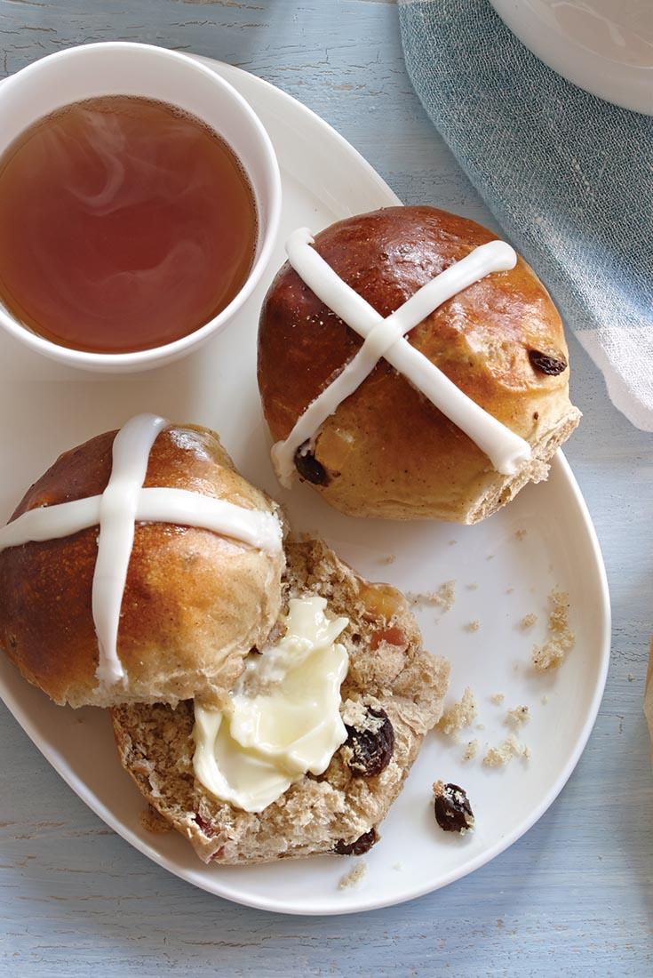 Easy Hot Cross Buns Recipe