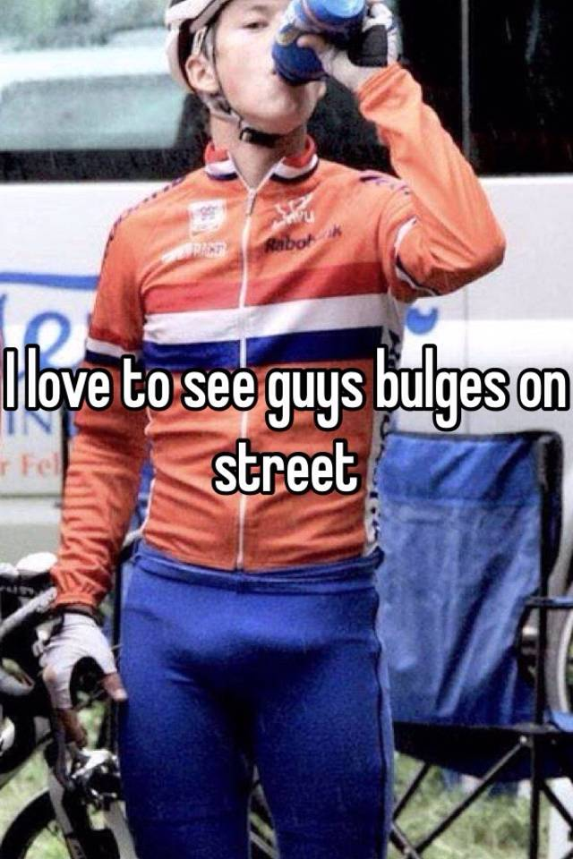 I Love To See Guys Bulges On Street