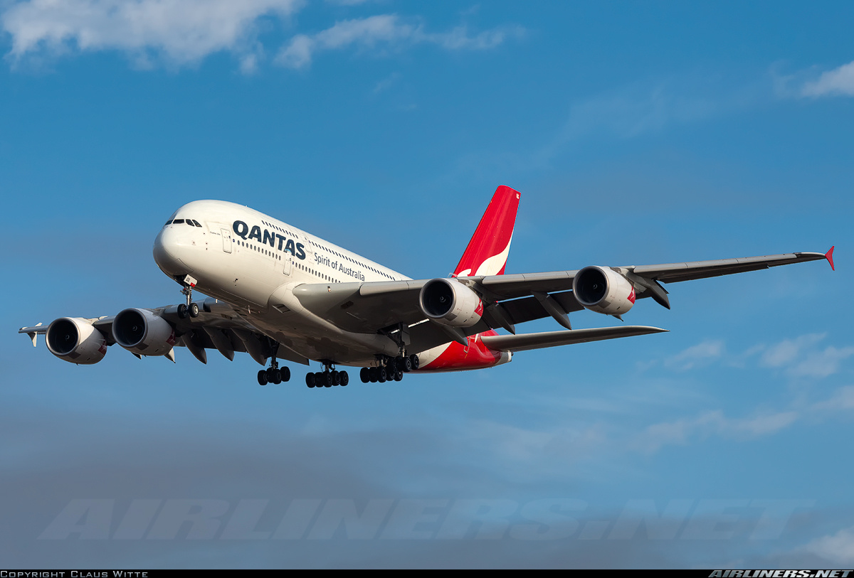 Airbus A380-842 aircraft picture