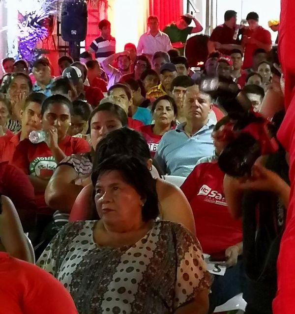 Mucha participación ciudadana en el acto de cierre de campaña del candidato a diputado Hugo Ramírez y que corresponde a la Seccional Nº 24 del barrio San Pablo de Asunción.