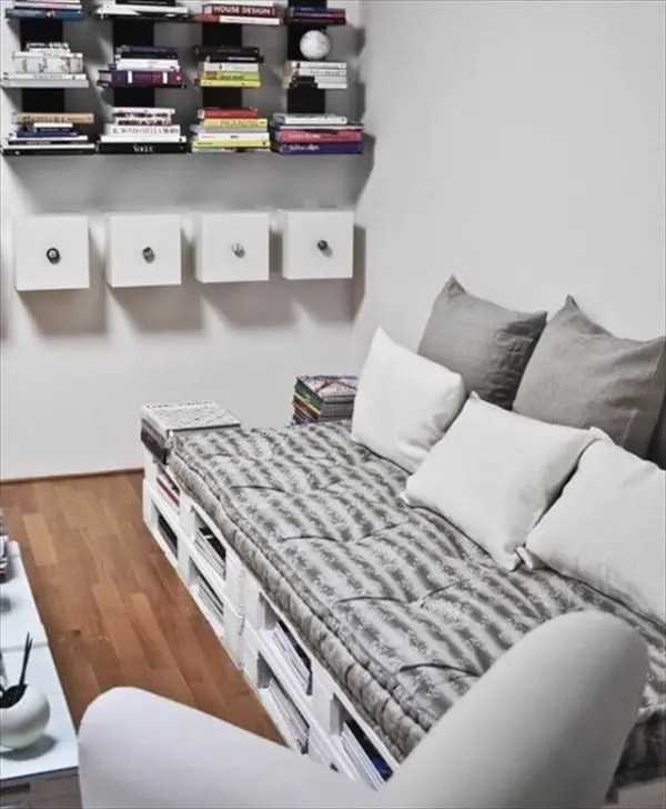 Comfortable Pallet Sofa For Your Lounge 101 Pallets