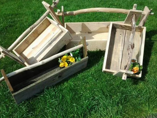 diy pallet garden toolbox and planter