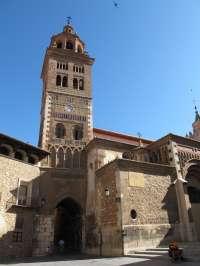 Teruel se suma a la conmemoración del aniversario de la ONU iluminando en azul la Catedral