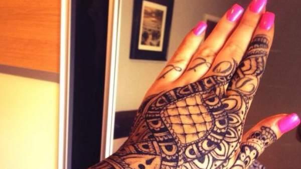 Una Mujer Es Despedida Por Tener Un Tatuaje En La Mano A Los 30
