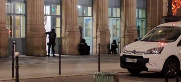 Evacuación de la Gare du Nord en París