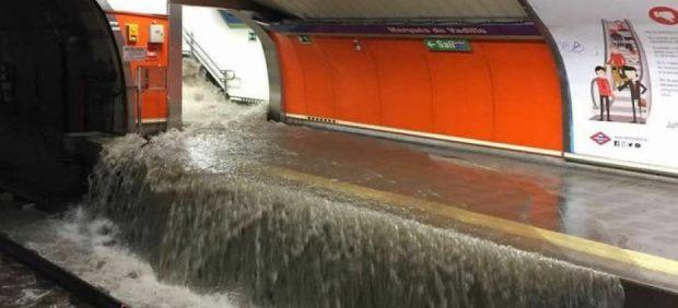Una estación de Metro de Madrid inundada