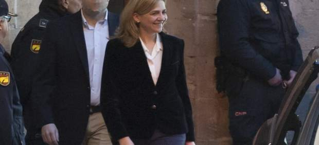 A la caza y atrapa de la persona  grabó video Infanta Cristina ante JUEZ cASTRO
