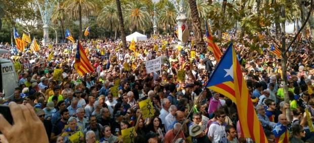 Protesta ante el TSJC por la detención de altos cargos del Govern