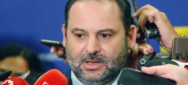 José Luis Ábalos, ministro de Fomento
