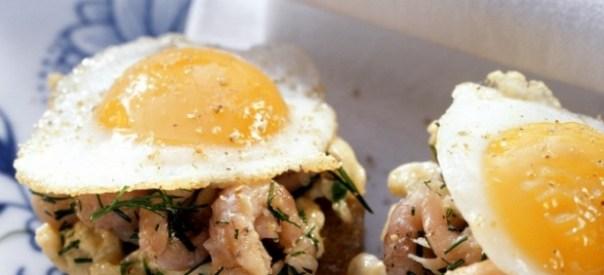 Huevos fritos con puntilla