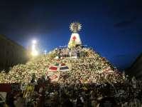 La Ofrenda de Flores a la Virgen del Pilar congrega a unas 470.000 personas