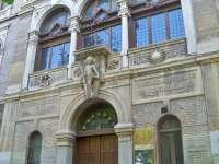 CHA reclama al Gobierno que actúe para frenar el deterioro de la antigua Escuela de Artes de la capital aragonesa