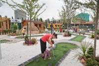 El Parque del Agua amplía su oferta de ocio infantil y familiar con un campo de minigolf