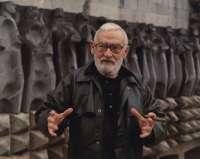 Una exposición en Rubielos de Mora rescata la obra del escultor Jorge Oteiza
