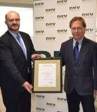 La Torre DKV, la primera en España en recibir la certificación AENOR de accesibilidad del entorno edificado
