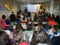 La Guardia Civil imparte más de 200 charlas en centros educativos sobre nuevas tecnologías
