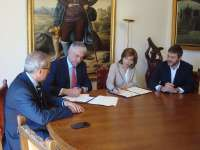 Suárez afirma que en la próxima legislatura se retomará la creación de un consorcio provincial de bomberos en Huesca