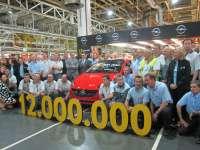 Opel en Figueruelas produce su coche 12 millones