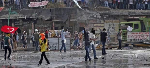 Desalojo de la Plaza Taksim