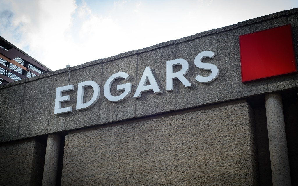 An Edgars branch has removed CCTV cameras from a girls' changing room.