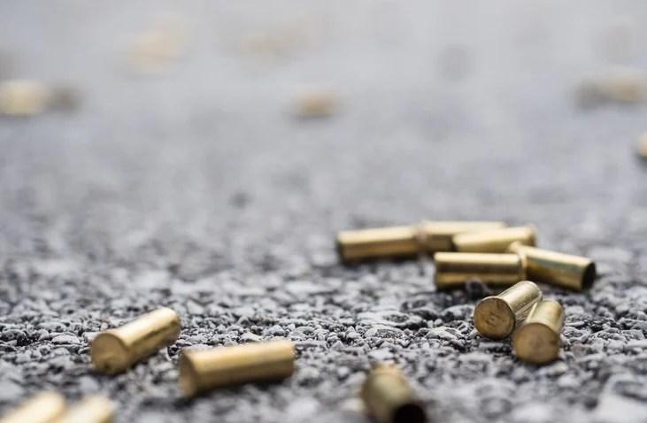 A motorist allegedly shot a traffic cop.