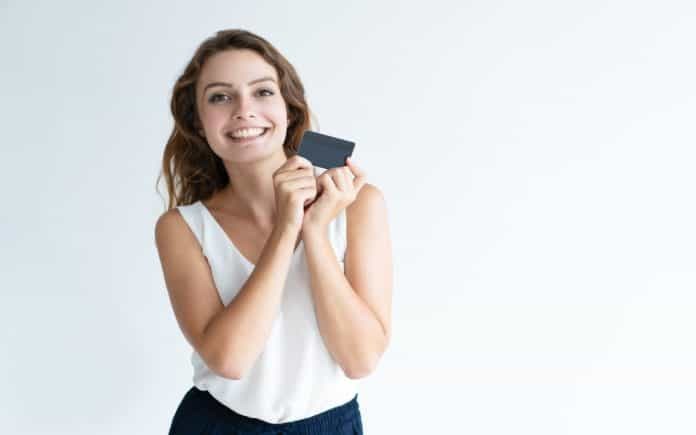 Whether you are looking to apply for a new credit card or are just starting out, there are a few things to know beforehand. 9 Things You Should Know Before You Get Your First Credit Card 5 Best Things