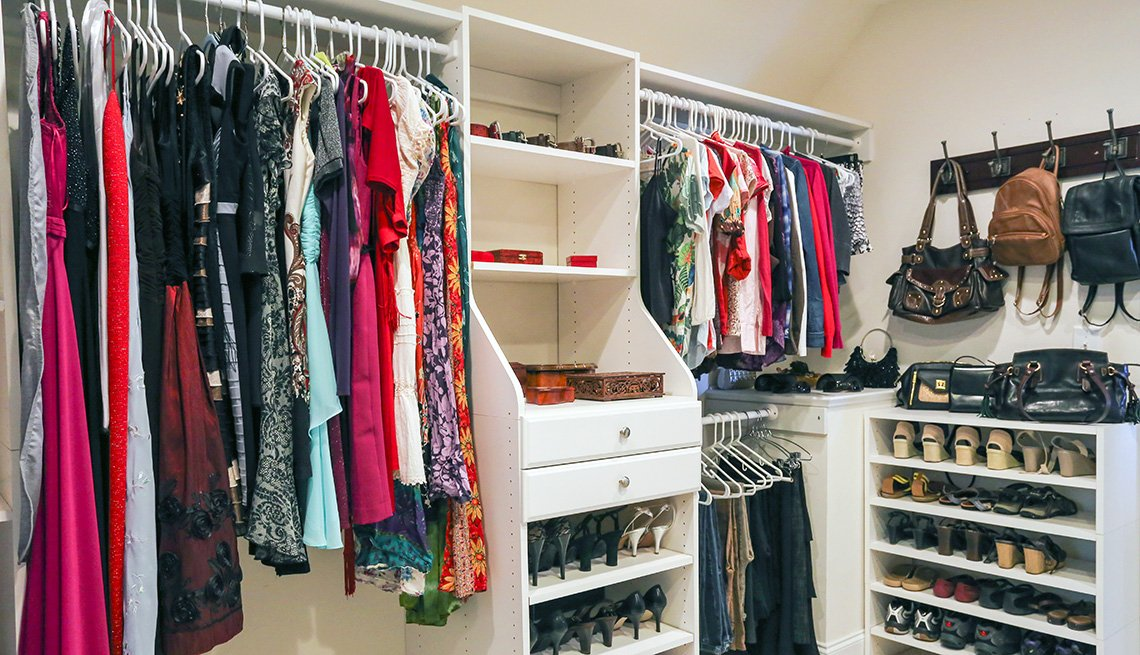 How To Organize Clothes And Shoes In Your Closet