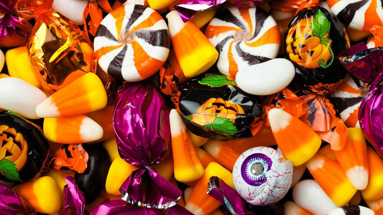 Image result for pictures of halloween candy