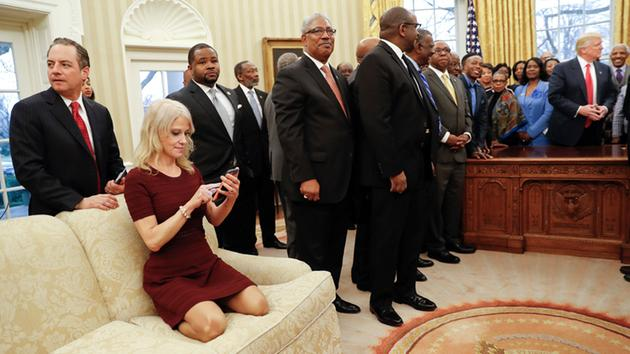 http://abc7ny.com/politics/kellyanne-conway-oval-office-photos-spark-debate/1777108/