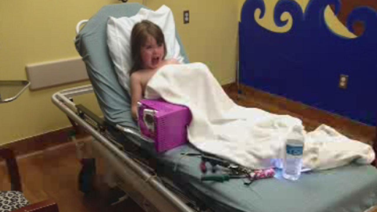 Girl gets finger stuck in Easy Bake Oven recalled years ago  abc13com
