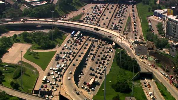 Chicago's Kennedy Expressway is nation's worst traffic ...