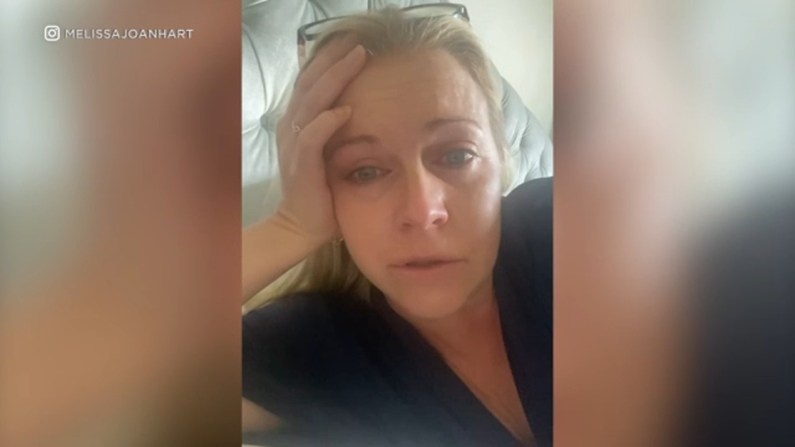 Melissa Joan Hart, who is fully vaccinated, reveals breakthrough COVID  infection, warns others to 'stay vigilant' - ABC7 Chicago