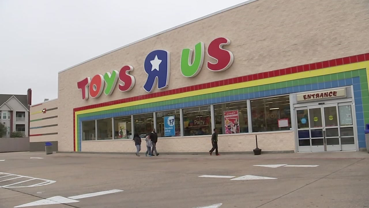 List Dozens Of Toys R Us Stores Closing In New York New