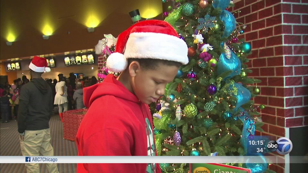 Chicago Teen Collects Toys For Children In Puerto Rico At