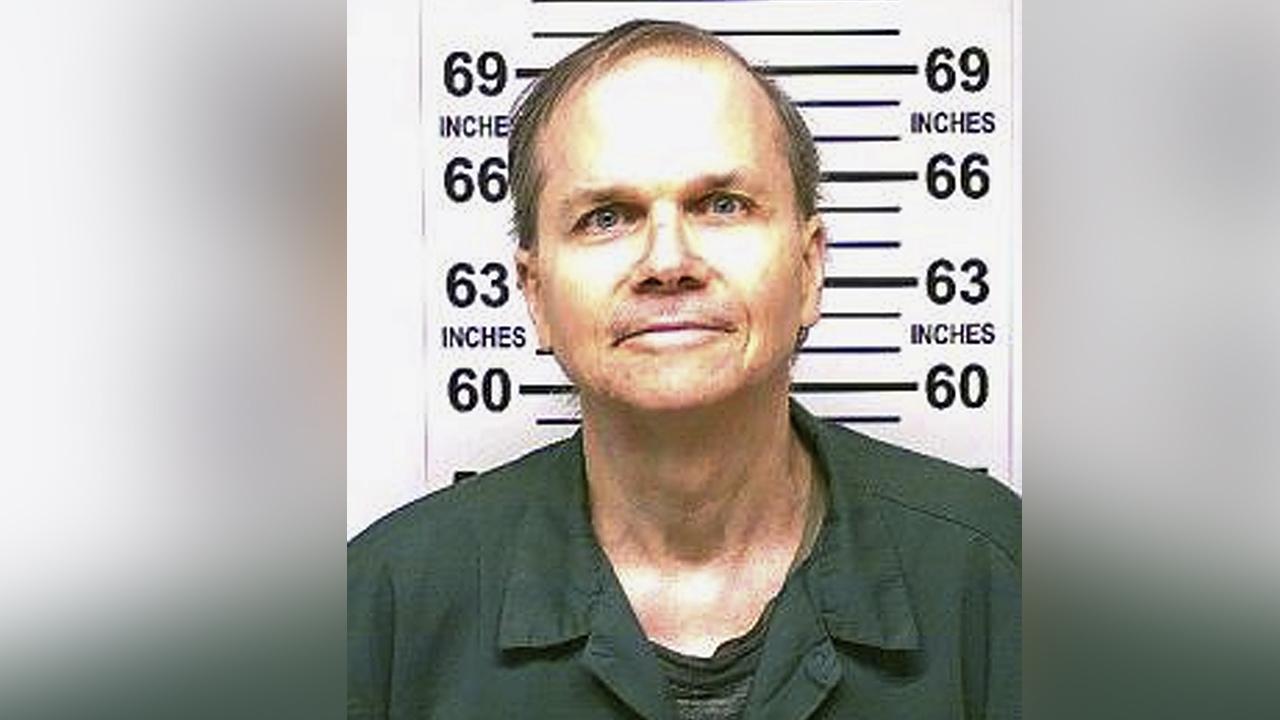 John Lennon's killer Mark David Chapman up for parole for ...