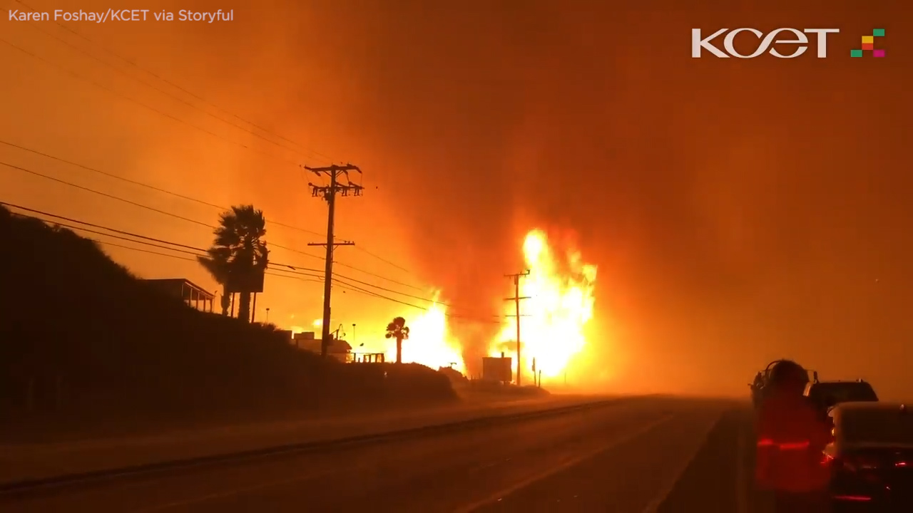 hight resolution of woolsey fire whips up terrifying firenado along pacific coast highway in malibu