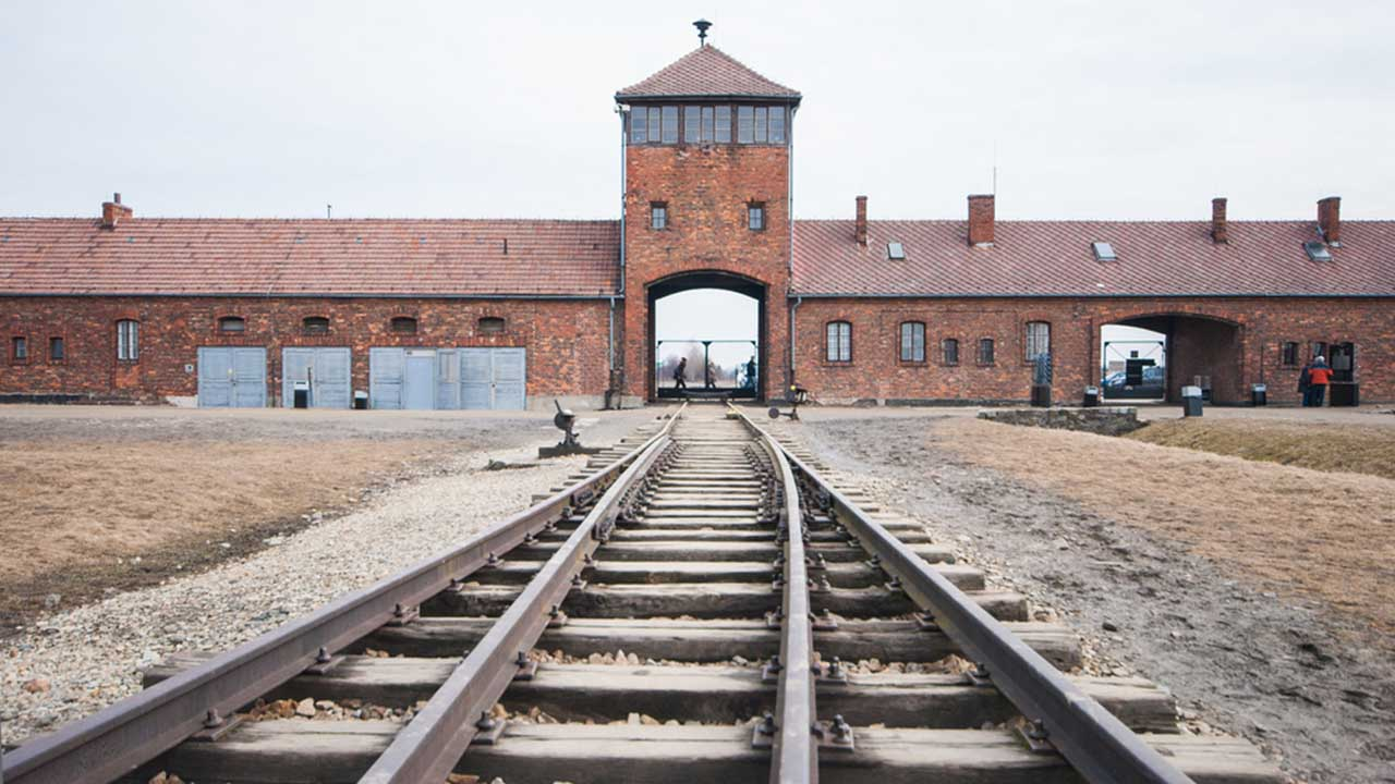 Haunting Drone Video Of Auschwitz The Infamous Nazi