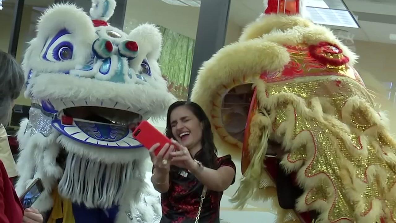 2019 Lunar New Year: Bellaire Wells Fargo celebrates with community - ABC13 Houston