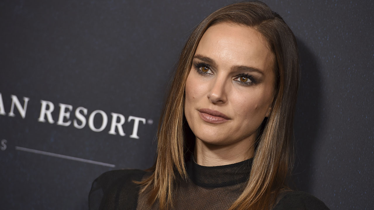 Natalie Portman S Alleged Stalker Arrested Outside Her La