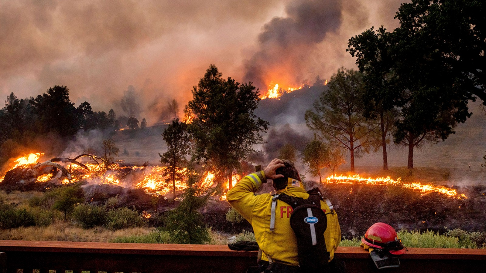 A dangerous fire season looms as the drought-stricken Western US heads for a water crisis 2021